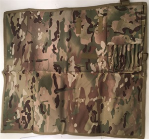 Porte carte de type « Militaire ».